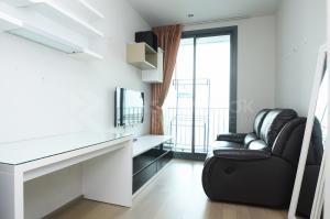For RentCondoRatchathewi,Phayathai : Best Deal! 30+ High Floor Condo for Rent Near BTS Ratchathewi - Pyne By Sansiri @18,000 Baht/Month