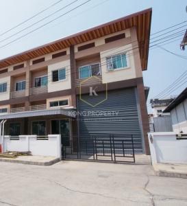 For RentWarehouseRangsit, Patumtani : Warehouse for rent with office 2, next to the main road, Lat Lum Kaeo District, Pathum Thani.