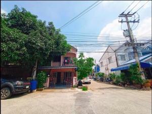 For SaleHouseRangsit, Patumtani : Yu Charoen 3, Lam Luk Ka Khlong 4, behind the corner, selling cheaper than the market price.
