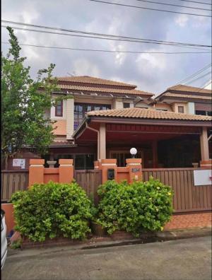 For SaleHouseRangsit, Patumtani : Semi-detached house for sale, Lam Luk Ka Khlong 3, good location, near Khu Khot BTS station.