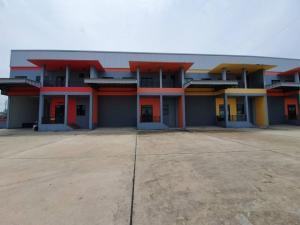 For RentWarehouseMahachai Samut Sakhon : Warehouse with office for rent, size 500 sq.m., Setthakit Road, Samut Sakhon.
