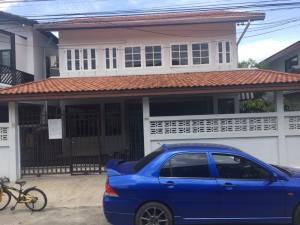 "For RentHouseLadprao101, The Mall Bang Kapi : Very cheap ""urgent"" for rent, 2 storey detached house, Thanthip University, Ramkhamhaeng 62, size 44 sq m, near The Mall Bangkapi"