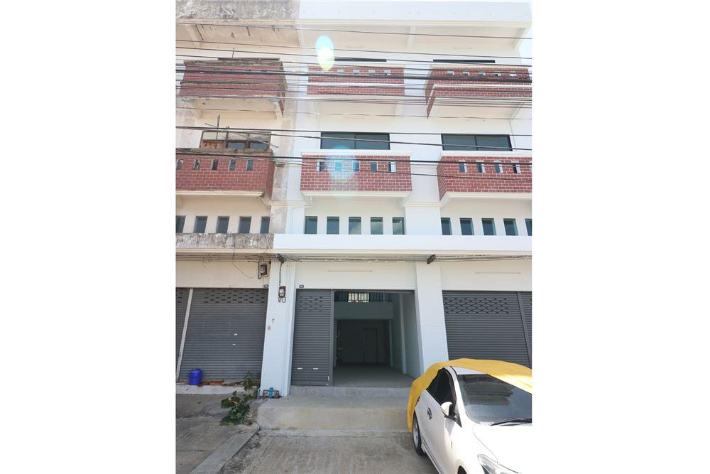 ขายตึกแถว อาคารพาณิชย์นครปฐม พุทธมณฑล ศาลายา : ขายถูก!! อาคารพาณิชย์ 3ชั้น รีโนเวทใหม่ 20 ตรว.