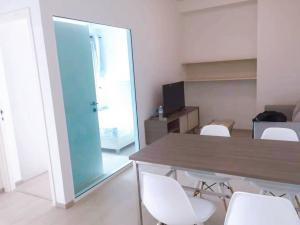 For RentCondoRatchadapisek, Huaikwang, Suttisan : For rent Chapter One Eco 🍁 2 bedrooms, 1 bathroom 🍁 45 sq m, complete electrical appliances 🍁 15000 baht only