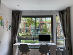 For SaleCondoRatchadapisek, Huaikwang, Suttisan : Urgent sale, Metro Luxe Rose Gold Condo, Phahon Yothin, Sutthisan, 1 bedroom, 1 bathroom, 43 sqm., very beautiful room, garden view, pool view, wide balcony, elegant, comfortable