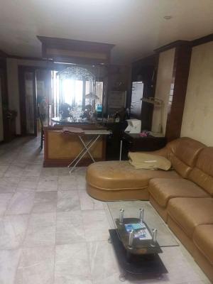 เช่าคอนโดสาทร นราธิวาส : ให้เช่าคอนโด ITF Silom Palace ถนนสีลม สีลม กรุงเทพมหานคร👉 เดือนละ 16,000 บาท👉 ขนาด 55 ตารางวา👉 1 ห้องนอน 1 ห้องทำงาน 1 ห้องครัว 2 ห้องน้ำ 👉 พร้อมเฟอร์นิเจอร์ โซฟา เตียง ตู้เสื้อผ้าบิลล์อิน ครัวบิลล์อิน ที่วางทีวี ทีวี 2 เครื่อง ตู้เย็น 2 เครื่อง แอร์ 3 เค