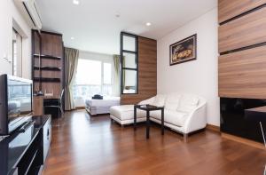 For SaleCondoSukhumvit, Asoke, Thonglor : 📣 selling rare rooms Good price, low market, Ivy Thonglor, 1 bedroom, 1 bathroom, size 35 sq.m., only 5,900,000 baht (168k/sq.m.)🔥🔥