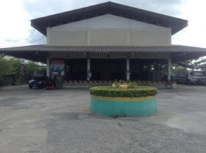 For SaleLandRangsit, Patumtani : ขายที่ดินย่านรังสิต ติดถนนวิภาวดีขาออก เนื้อที่ 4-3 - 92 ไร่ ใกล้ ม.กรุงเทพ ขายยกแปลง  เนื้อที่ 4 -3 - 11 ไร่ หน้ากว้าง 38 เมตร ความลึก 200 เมตร ที่ติดถนนทั้ง 2 ด้าน