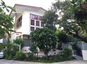 For SaleHouseSathorn, Narathiwat : House and land for sale, on Chan 17 Road - 100 sq wa, price 24 million - can go in and out in two ways, both Chan 17 and Chan 19