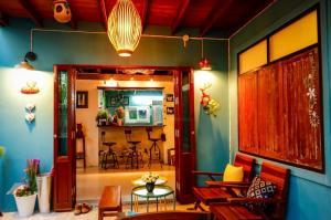 เช่าบ้านสีลม ศาลาแดง บางรัก : LBH0182 ให้เช่าบ้านเดี่ยว BoutiqueHouse ใจกลางเมืองสีลม-สาทร จาก BTS ช่องนนทรี เพียง100