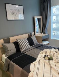 For RentCondoBang Sue, Wong Sawang : Regent Home Bang Son Phase 28 MRT Bang Son [for both short-term and long-term rent]