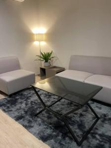For RentCondoWongwianyai, Charoennakor : For rent, Ideo Sathorn-Wongwian Yai, beautiful room, spacious, fully furnished.