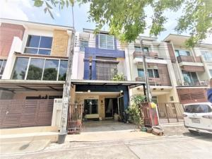 For SaleTownhouseRama3 (Riverside),Satupadit : Urgent sale, cheapest price, 3-storey townhome, Thanapat House, Soi Nonsi 20, size 23 sq m. Beautifully decorated, fully furnished.