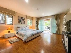 เช่าคอนโดเชียงใหม่ : ให้เช่าคอนโด 1 ห้องนอน ที่ปันนา นิมมาน ทำเลดีที่สุด! 19,995