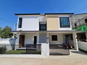 ขายบ้านเชียงใหม่ : C6MG100222 บ้านเดี่ยวสองชั้นใหม่แกะกล่อง พื้นที่ 40.40 ตร.ว. 3 ห้องนอน 3 ห้องน้ำ