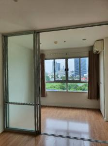 For SaleCondoOnnut, Udomsuk : TC-0631 Condo for sale, Lumpini Ville 77/2, corner room, newly renovated, never rented.
