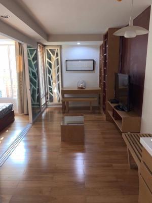 For RentCondoSilom, Saladaeng, Bangrak : เช่าด่วน..Focus on Saladang ใกล้สวนลุมUrgent, 35 ตรม.  Urgent rent ! Focus on Saladang close to Lumpini park, type 35 sqm.