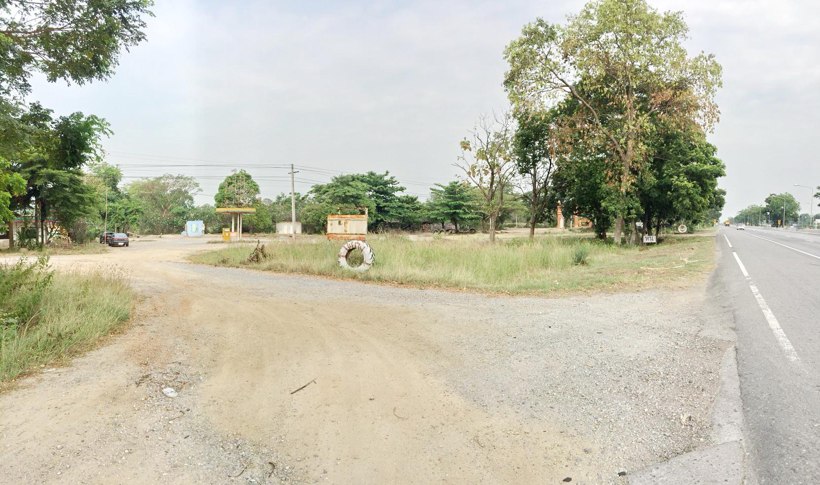 ขายที่ดินชัยนาท : ขายที่ดิน จังหวัดชัยนาท อ.มโนรมย์ ติดถนนทางหลวงสายเอเซีย หมายเลข32 เนื้อที่ 9 ไร่ 45 ตรว.