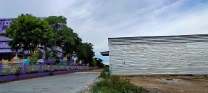 For RentWarehouseRamkhamhaeng,Min Buri, Romklao : Warehouse for rent, Nong Chok, Suwinthawong, next to transportation in Nong Chok District.