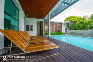 For SaleCondoSukhumvit, Asoke, Thonglor : Best Price!! Resort Style Condo Near BTS Ekkamai The Room Sukhumvit 40 @4.5MB