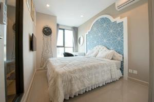 For RentCondoRama9, RCA, Petchaburi : Condo for rent Ideo Mobi Rama 9 BA21_06_090_05 wide room, comfortable, complete electrical appliances, price 15,999 baht.