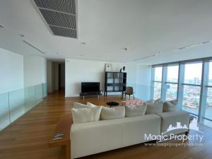 For RentCondoWongwianyai, Charoennakor : Duplex room (5 bedrooms) for rent in The River Condominium, Khlong Ton Sai Subdistrict, Khlong San District, Bangkok.