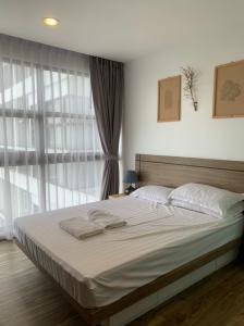 เช่าคอนโดพัทยา บางแสน ชลบุรี : ให้เช่า/ขาย :: Treetop Pattaya : คอนโด 1 ห้องนอน ขนาด 35 ตร.ม. ชั้น 12 เฟอร์นิเจอร์ครบ พร้อมอยู่ ใกล้เขาพระตำหนัก