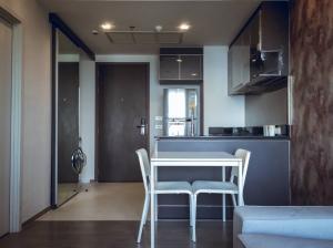 For RentCondoWongwianyai, Charoennakor : Nye By Sansiri > Corner room, good location, clear view, fully furnished. Feel free to inquire.