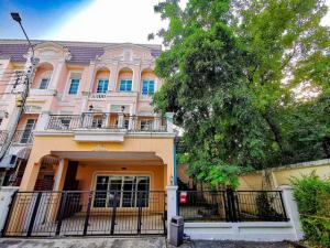 For RentTownhouseThaphra, Wutthakat : HR806 3-storey townhouse for rent, behind the corner, Urban Sathorn, Ratchaphruek Village, beautiful decoration, near BTS Bang Wa.