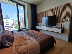 For RentCondoSilom, Saladaeng, Bangrak : Condo for rent, Saladaeng One, fully furnished, 12th floor, price 45,000 baht/month