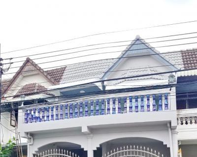For SaleTownhouseRatchadapisek, Huaikwang, Suttisan : 2007-A😍 For Sale Townhouse 2 storeys, 2 bedrooms🚄near MRT Huai Khwang🏢Huai Khwang 🔔House area:21.00 sq wa 🔔 Usable area:120.00 sq m💲Sale:5,500,000฿📞O86-454O477✅ LineID:@sureresidence