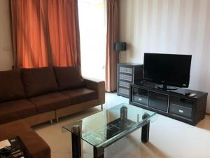 For RentCondoSathorn, Narathiwat : 🔥The Empire Place 🔥 Beautiful room, large size, ready to move in, high floor, river view, very good location, very good price, 25K only. You can make an appointment to see the room.