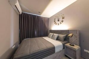For RentCondoOnnut, Udomsuk : Condo for rent Regent Home Sukhumvit 81 BA21_06_037_04 beautiful room, comfortable, complete electrical appliances, price 7,999 baht.