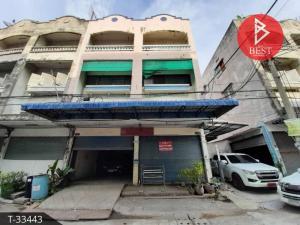 For SaleShophouseSamrong, Samut Prakan : 3.5 storey commercial building for sale, Sukthavorn Village 2, Samut Prakan, behind the corner.