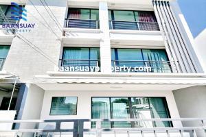 For RentTownhouseRamkhamhaeng, Hua Mak : 3-storey townhome for rent, Ramkhamhaeng Road, near Wat Thepleela.