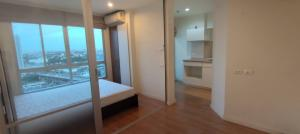 For RentCondoChengwatana, Muangthong : Condo for rent Lumpini Ville. Chaengwattana-Pak Kret Studio room 23 sq m. Building A, 20th floor, city view, morning sun is not hot.