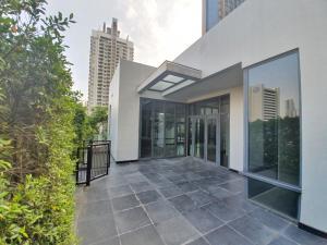 For RentCondoRama9, RCA, Petchaburi : [Penthouse Villa] 445sq.m. 3bed3Bath 5Floor Fitted North