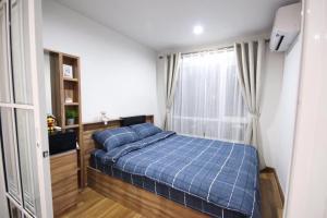 For RentCondoOnnut, Udomsuk : Condo for rent, Regent Home Sukhumvit 81 (near BTS On Nut), easy to find food, fully furnished.