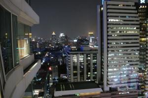 For RentCondoSathorn, Narathiwat : The Infinity, 2 bedrooms on high floor