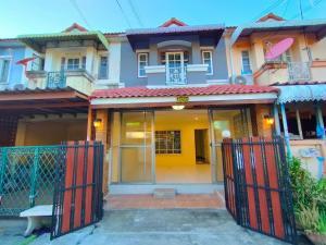 For SaleTownhouseRamkhamhaeng,Min Buri, Romklao : 🏡🏡 2-storey townhouse #KC Village 8, Hathairat-Thairaman Road, Sub-Soi 5