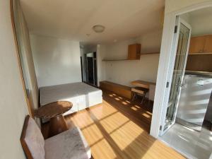 For RentCondoRama9, RCA, Petchaburi : Condo for rent ready to move in at i-house Rama9-Ekamai