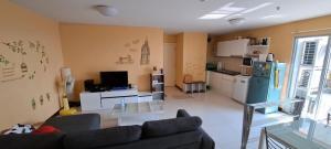 For RentCondoBangna, Lasalle, Bearing : Condo for rent, Bangna Residence, river view, near BTS Bang Na and Udom Suk. furniture + electric appliances