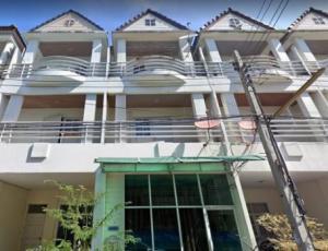 For RentTownhouseRamkhamhaeng, Hua Mak : 3-storey townhome for rent, Sriwara Road, Soi Town in Town, convenient transportation, near Golden Year Hospital (HH2-HN776)