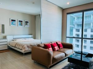 For SaleCondoSukhumvit, Asoke, Thonglor : Best Deal !! The Room sukhumvit21 Condo in the heart of Asoke. Big room, very cheap price, 1bed 50sqm, only 7.9MB with free of charge.