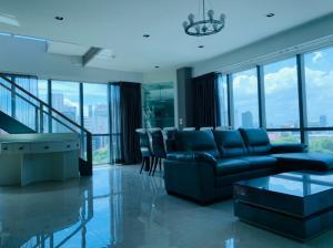For SaleCondoSukhumvit, Asoke, Thonglor : Quick sale!! The Room Sukhumvit 21 3bedroom Duplex 117sqm only 18.9 MB