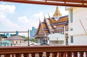 For RentCondoPha Nakorn, Yaowarat : Urgent Rent ++ Studio ++ Chinatown ++ Yaowarat ++ MRT WatMangkorn ++ Available @ 8000 🤔