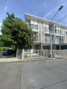 For SaleTownhouseEakachai, Bang Bon : This size is no longer for sale. Sell J Grand Sathorn-Kalapaphruek. corner unit with small area  new house next to Sampeng 2.