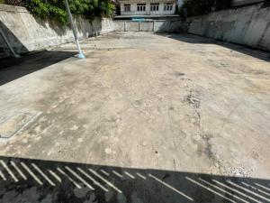For RentLandOnnut, Udomsuk : LS204 Land for rent, area 121 sq m., On Nut area. near Iam Sombat Market Suitable for parking