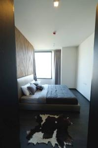 """For RentCondoSukhumvit, Asoke, Thonglor : 🔥 For rent """" Edge By Sansiri 23 """" beautiful room, big room, good price 🔥 ready to move in, contact I Contect -> line id: @arunestate"""