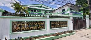 For SaleHouseSeri Thai, Ramkhamhaeng Nida : House for sale in Khlong Kum Niwet, Seri Thai Road 43, near Bueng Kum District Office, new renovate, no central fee